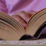 Cómo escribir el prólogo de un libro. Dar una pista al lector